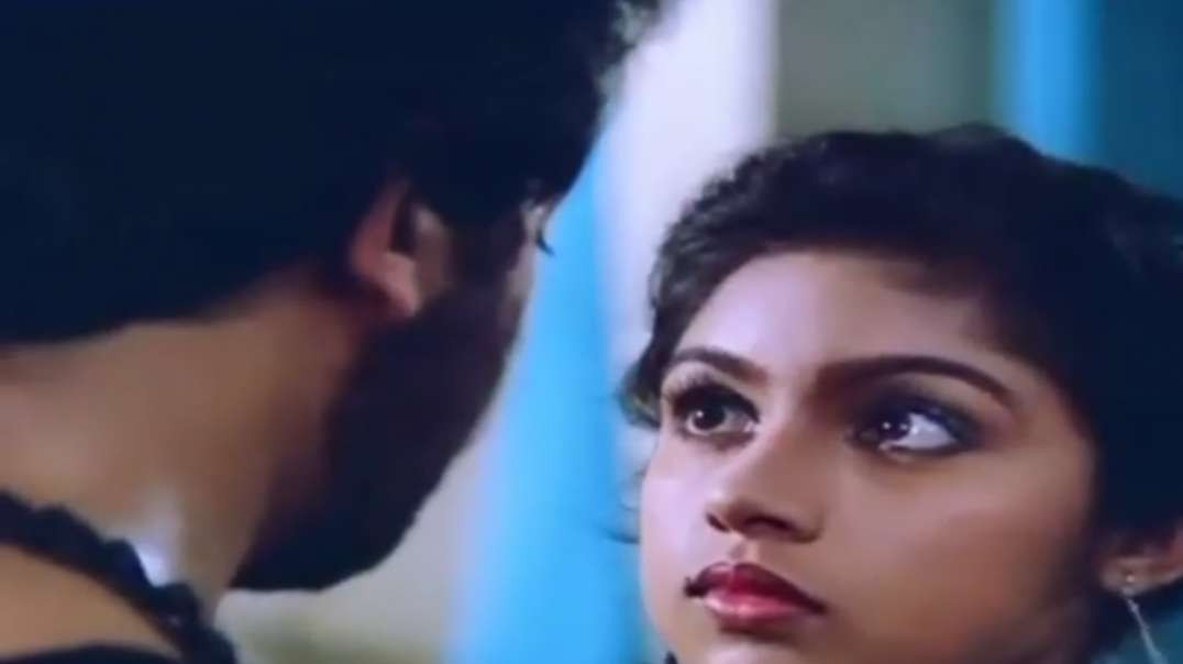 Punnagai Mannan movie love BGM || Tamil Love status